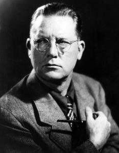 1-author-erle-stanley-gardner-ca1940-everett